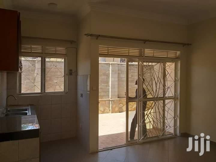 Archive: In Double Room Self Contained For Rent