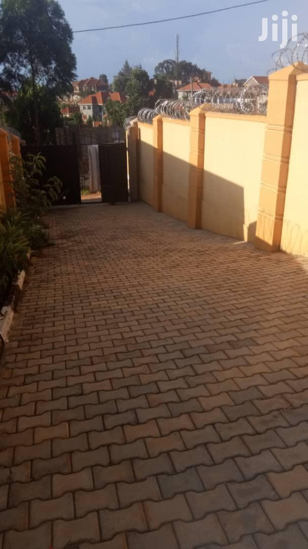 On Sale::3bedrooms 2bathrooms Stand Alone Condominium In Kira | Houses & Apartments For Sale for sale in Kampala, Central Region, Uganda