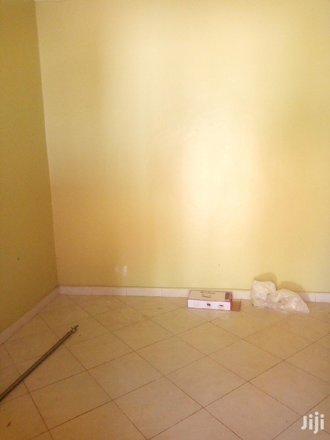 Archive: Najjera Modern Double Room at the Cheapest Price for Rent