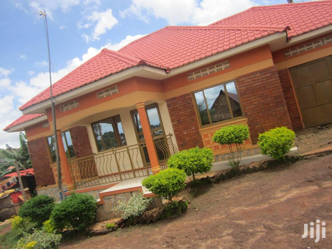 Three Bedroom House In Nabingo For Sale