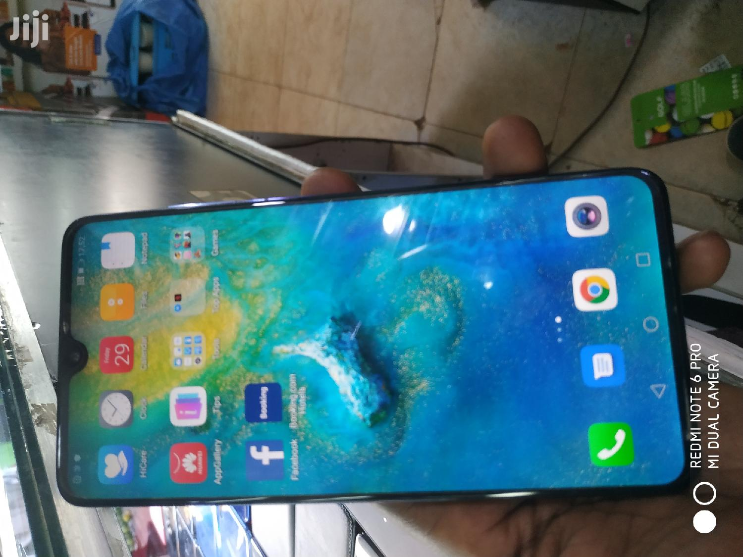 Archive: Huawei Mate 20 128 GB Blue