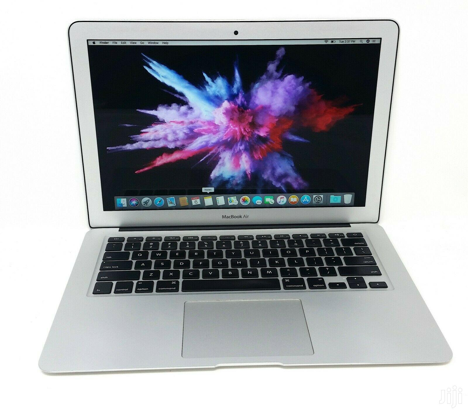 Archive: New Laptop Apple MacBook Air 8GB Intel Core i5 SSD 128GB