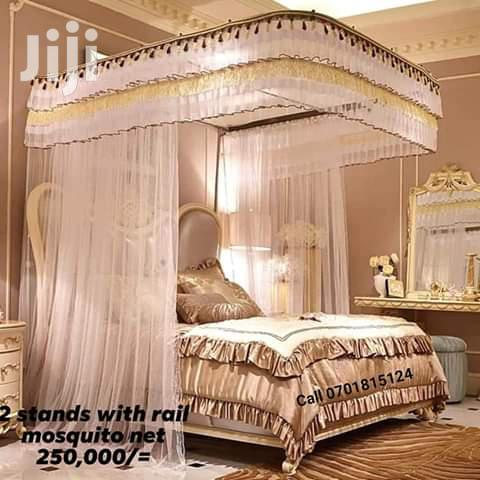Archive: 2 Stands Rail Mosquito Net