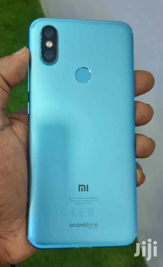 Archive: Xiaomi Mi A2 (Mi 6X) 32 GB