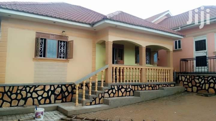 Kira-mamerito Road, 2bedroomed House For Rent