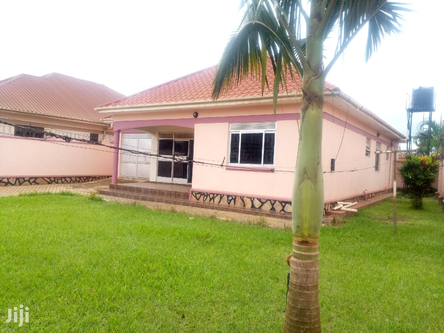 Kireka-Agenda Three Bedrooms Standalone House for Rent