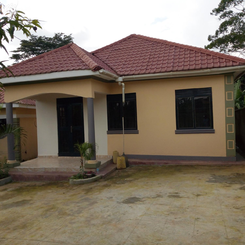 Three Bedroom House In Namugongo Bukerere For Sale