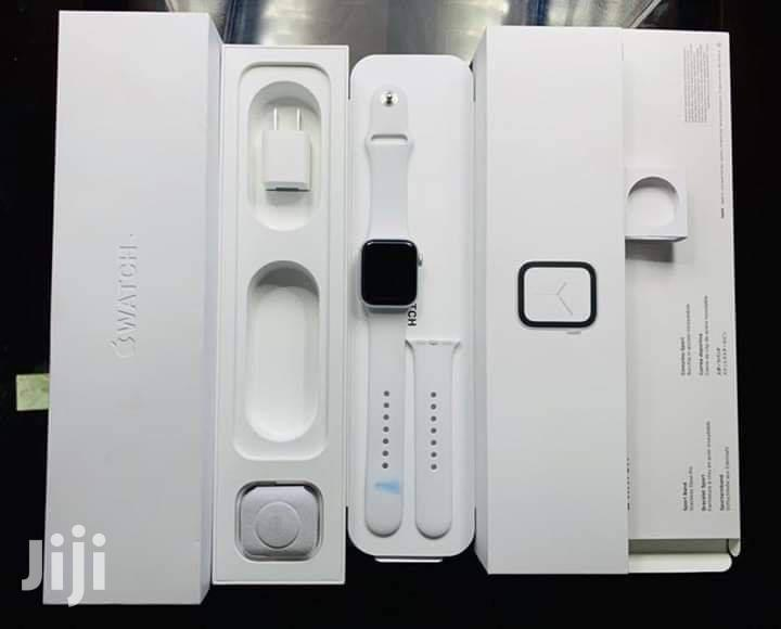 Apple Iwatch Series 5 ,44mm And 40mm