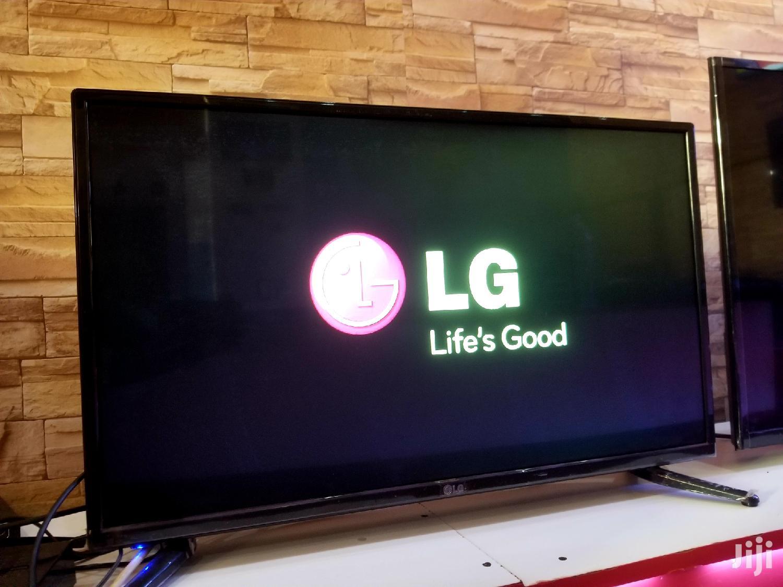 New LG Flat Screen TV 32 Inches