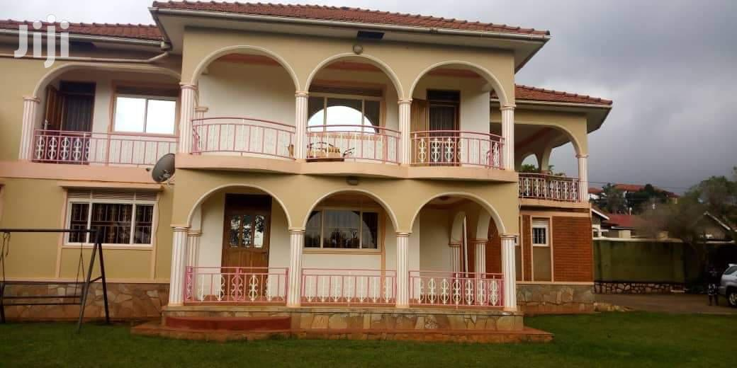 Archive: Three Bedrooms For Rent In Mbuya