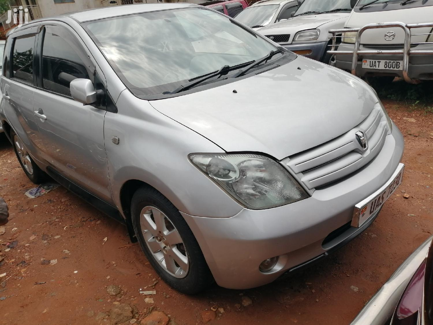 Toyota IST 2003 Silver | Cars for sale in Kampala, Central Region, Uganda