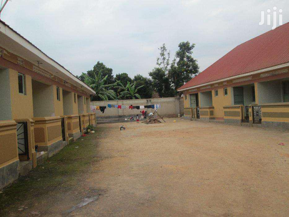 11 Units In Bweyogerere Kiwanga For Sale