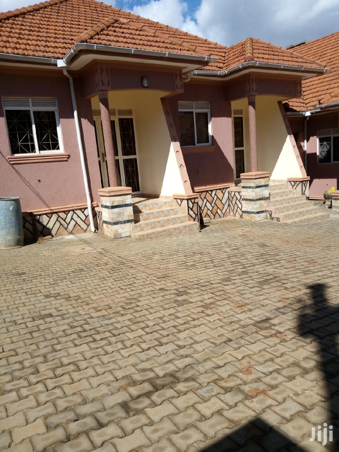 Archive: Double Room House In Kyanja For Rent