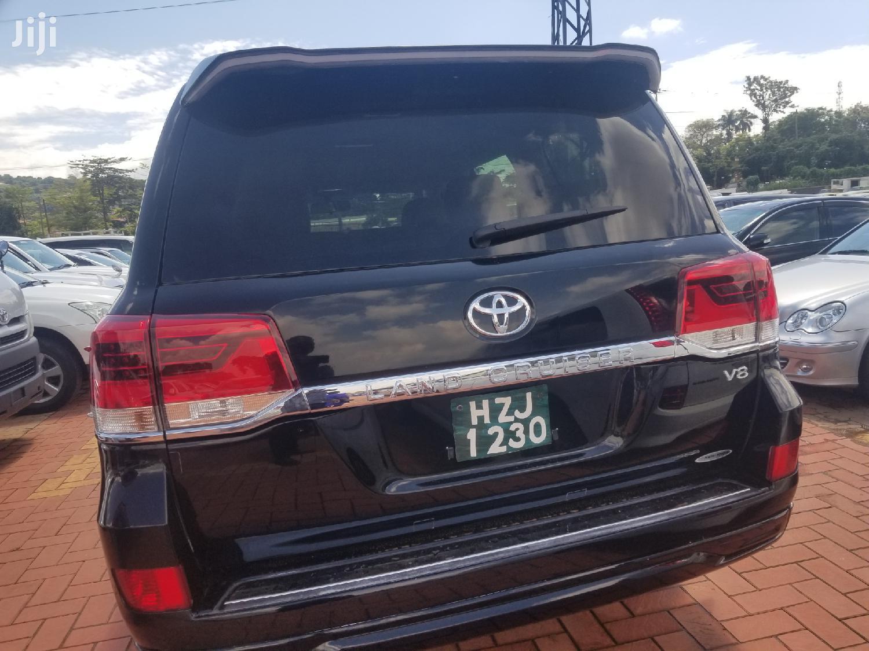 Archive: New Toyota Land Cruiser 2018 Black