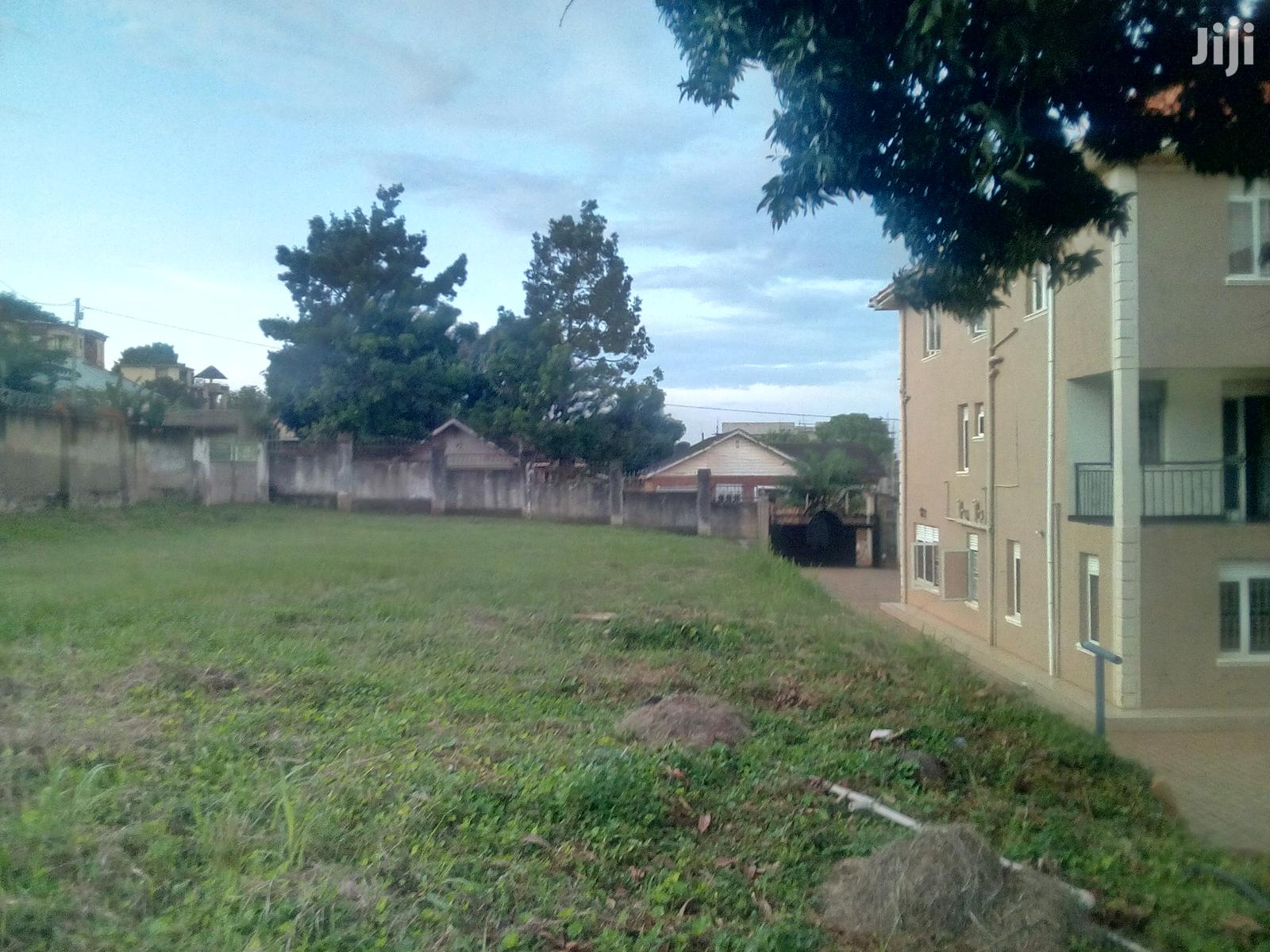 25 Decimals Land In Heart Of Buziga For Sale