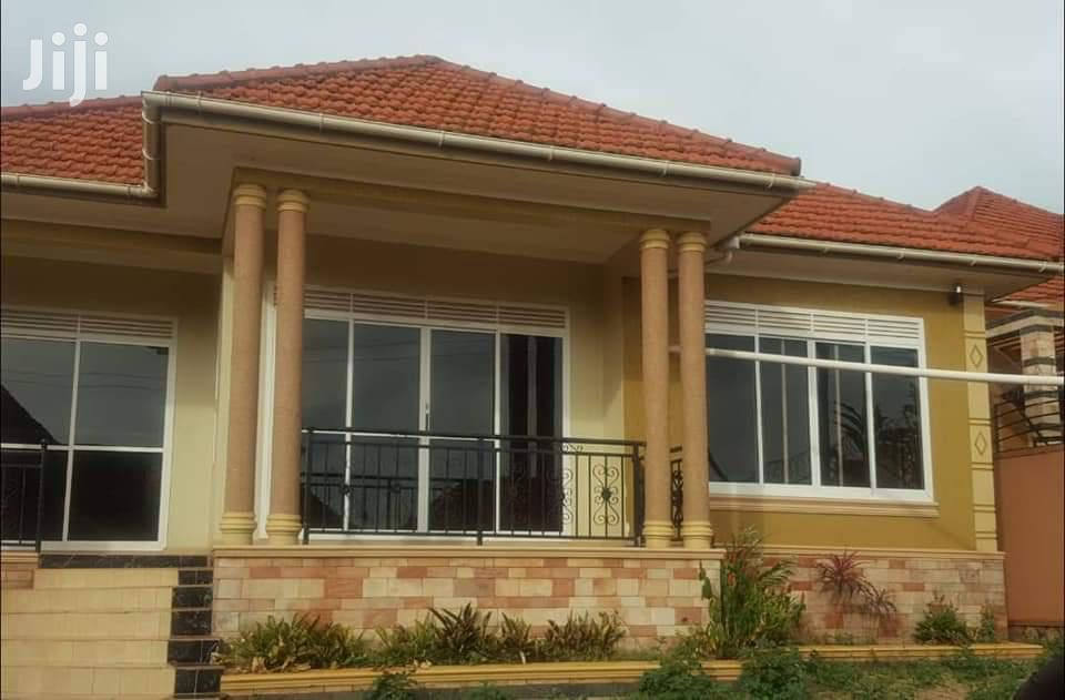 Three Bedroom House In Seguku Katale Entebbe Road For Sale