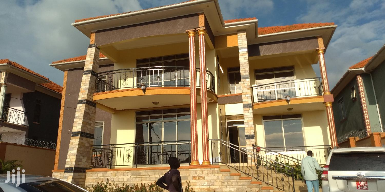 Six Bedroom House In Kyaliwajjala Naalya Road For Sale