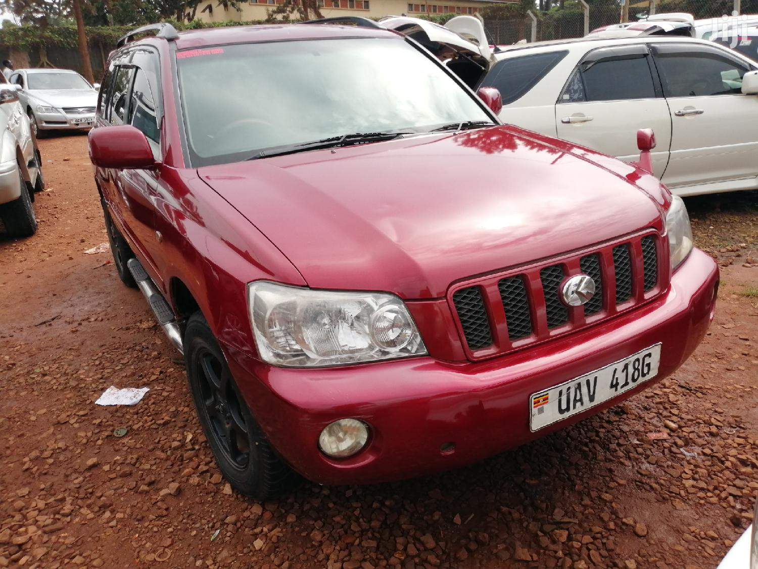 New Toyota Kluger 2004 Red