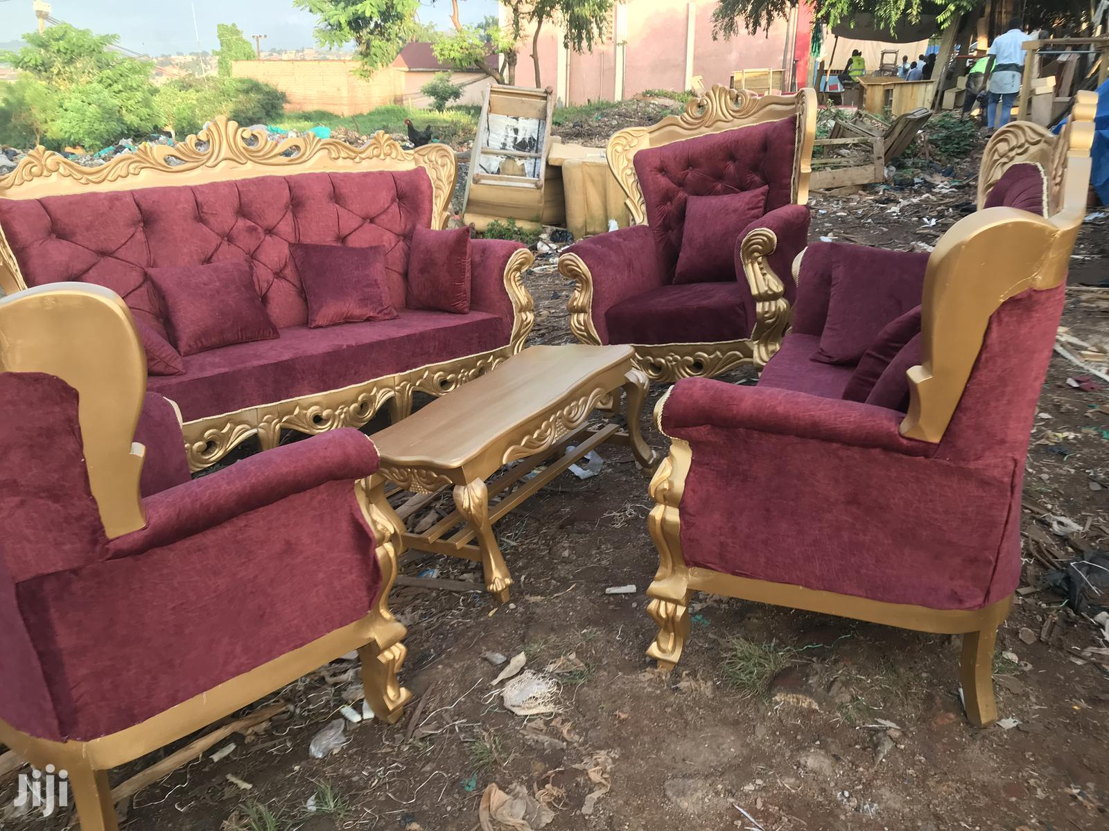 Archive: Grandfather 7 Seater Sofa Set