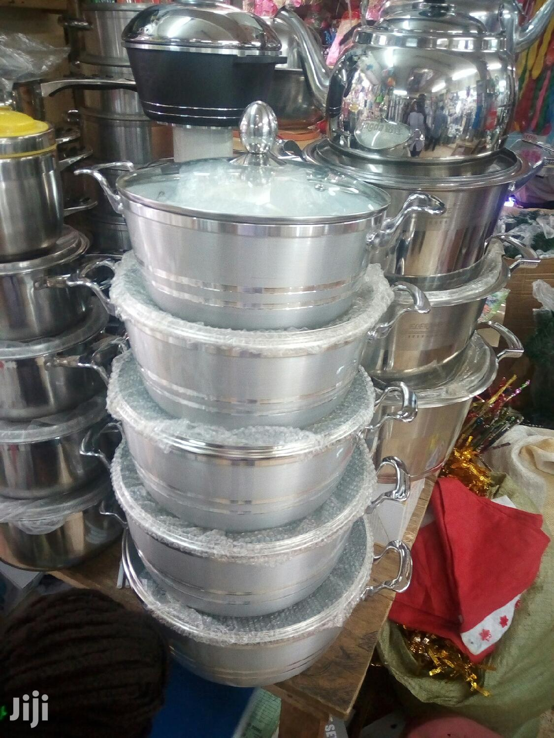 Non Sticking 5pcs Serving Dishes | Kitchen & Dining for sale in Kampala, Central Region, Uganda