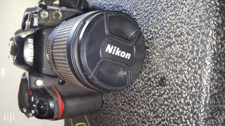 Nikon D300 Dslr Camera In Very Good Condition | Photo & Video Cameras for sale in Kampala, Central Region, Uganda