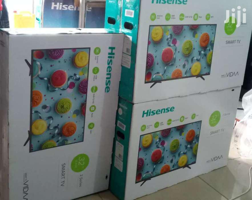 32' Hisense Smart Flat Screen TV