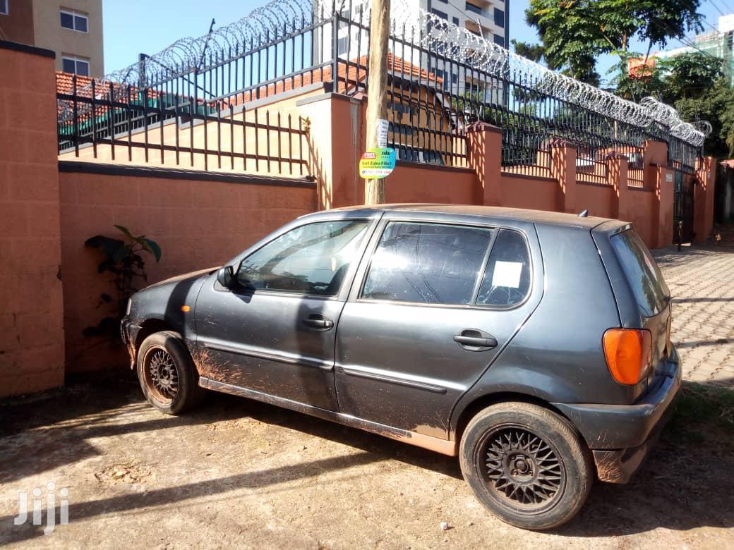 Archive: Volkswagen Polo 1997 Berline Gray