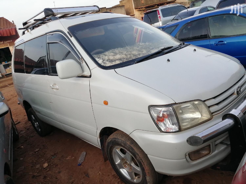 Toyota Noah 1999 White | Cars for sale in Kampala, Central Region, Uganda
