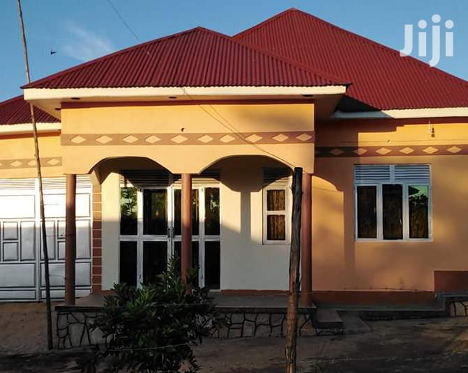 Two Bedroom House In Bombo For Sale