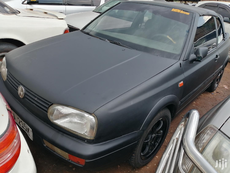 Archive: Volkswagen Golf 2000 1.6 Variant Black