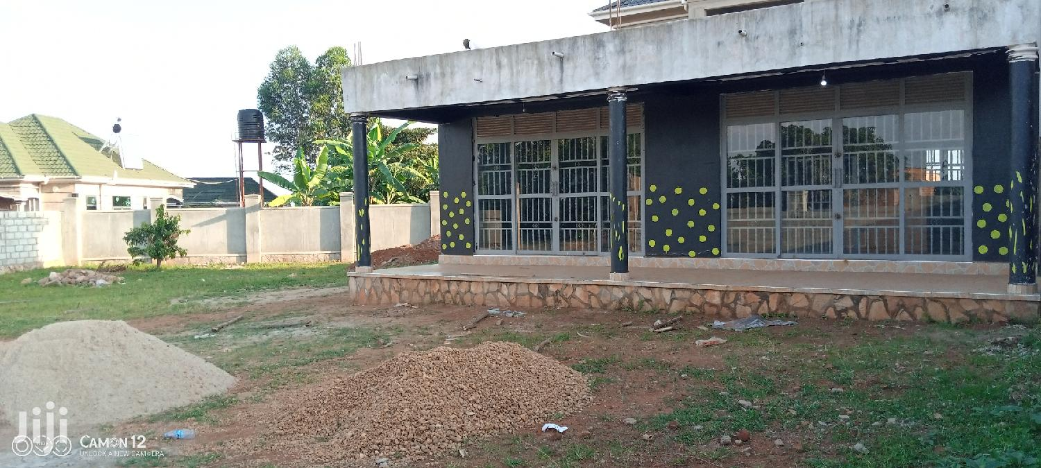 Commercial Building In Kawuku Bwerenga For Rent