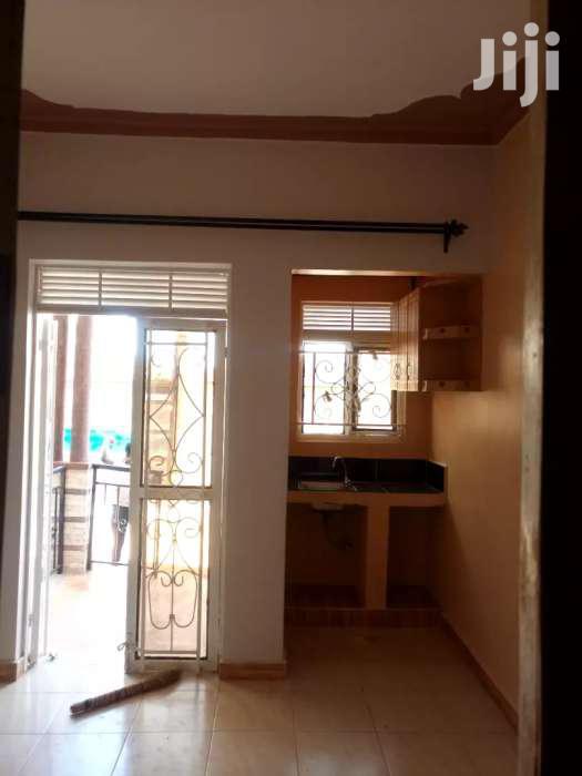 Fantastic Studio Single Room House for Rent in Kiwatule | Houses & Apartments For Rent for sale in Kampala, Central Region, Uganda