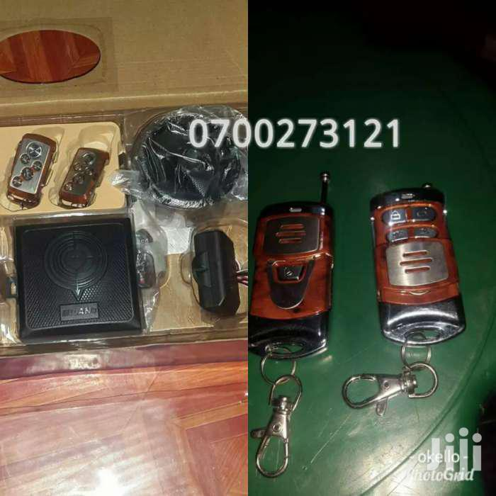 CAR SECURITY SYSTEM AUTO KEYLESS ENTRY