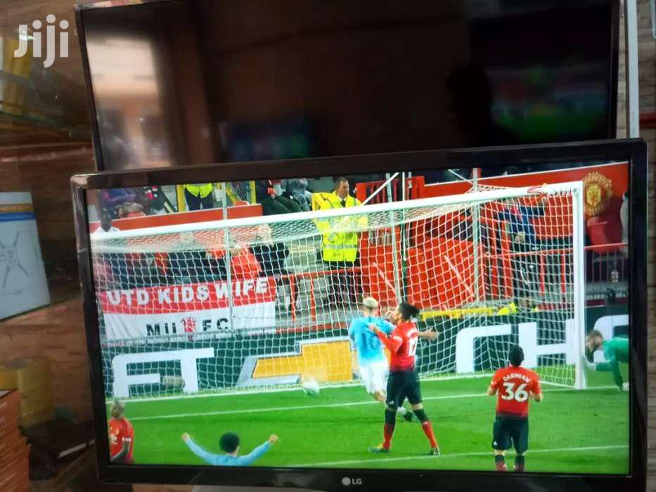 New LG Flat Screen Digital TV 26 Inches