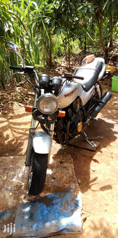 Archive: Honda CB 2002
