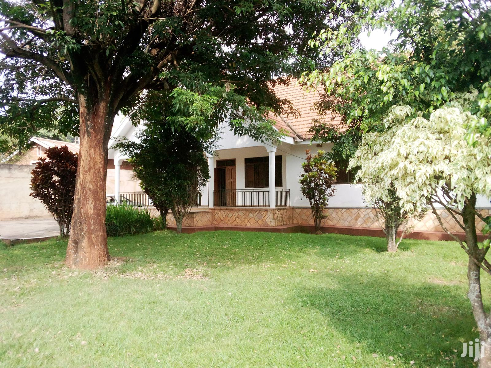 ,3 Bedrooms House At Muyenga | Houses & Apartments For Rent for sale in Kampala, Central Region, Uganda