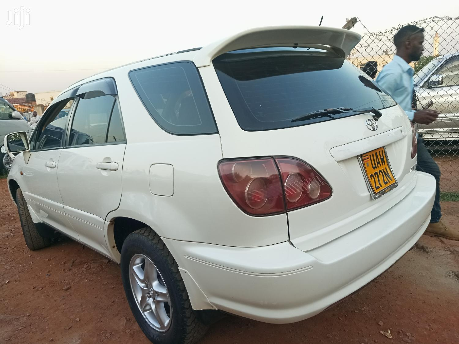 Archive: Toyota Harrier 1999 White