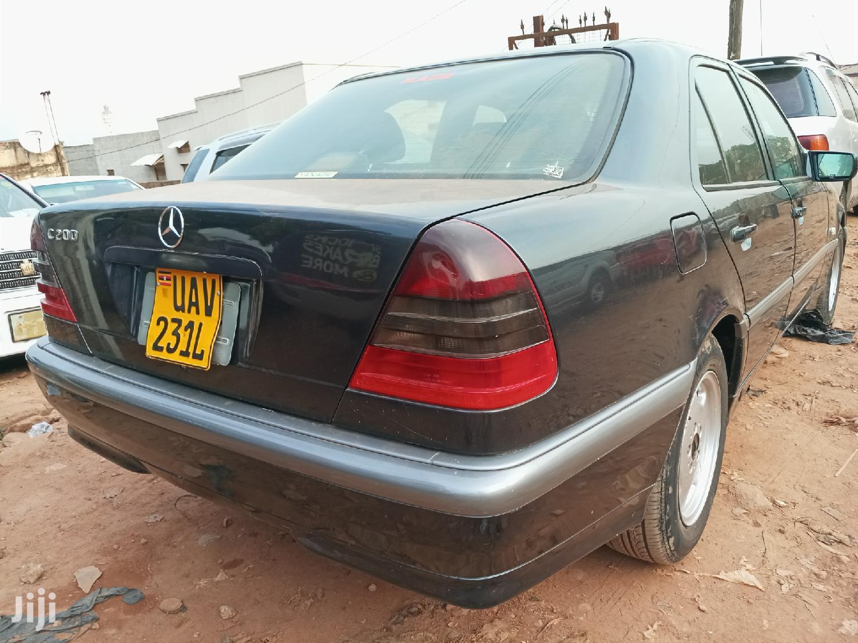 Archive: Mercedes-Benz C200 2000