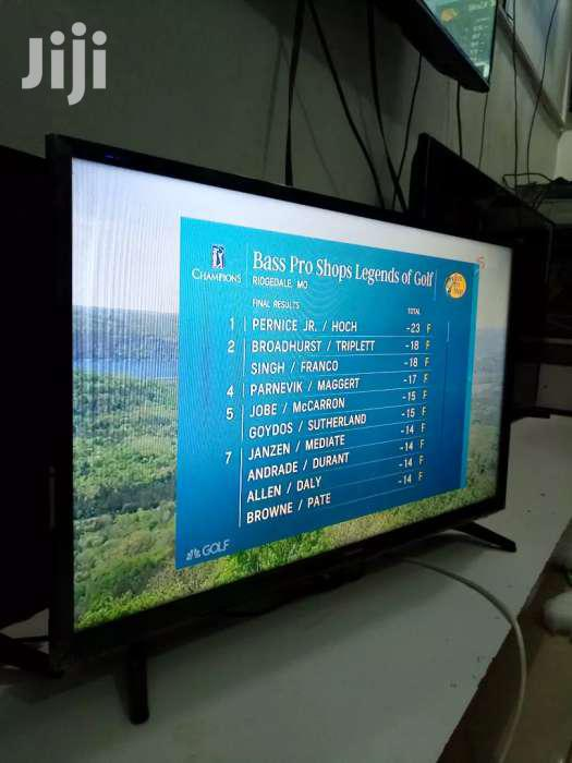 32' Hisense Flat Screen Digital TV & Satellite