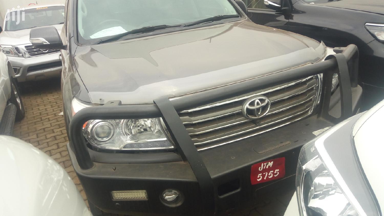 Archive: Toyota Land Cruiser 2013 Gray