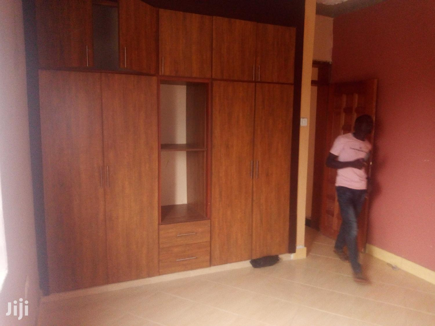 Kireka First Class Double Room Available for Rent | Houses & Apartments For Rent for sale in Kampala, Central Region, Uganda