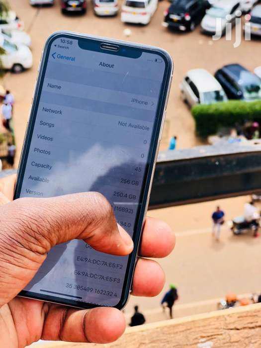 Apple iPhone X 256 GB Silver   Mobile Phones for sale in Kampala, Central Region, Uganda