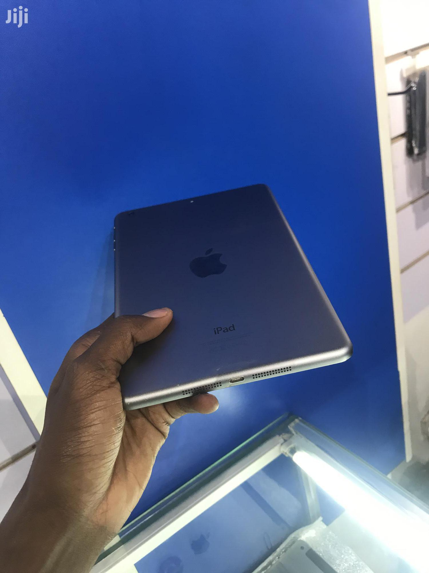 Apple iPad mini 2 32 GB Silver