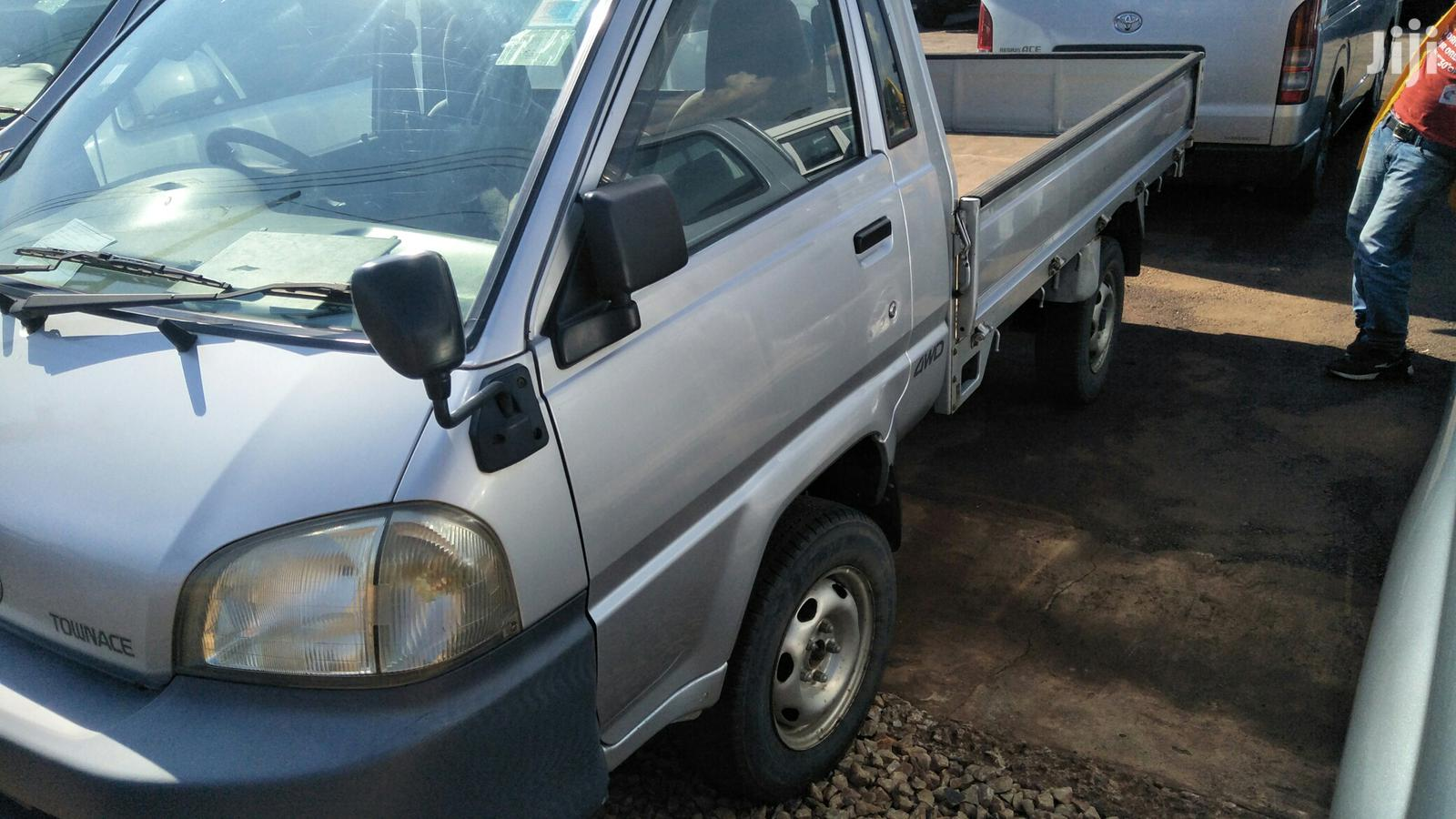 New Toyota TownAce 2005 Silver | Cars for sale in Kampala, Central Region, Uganda