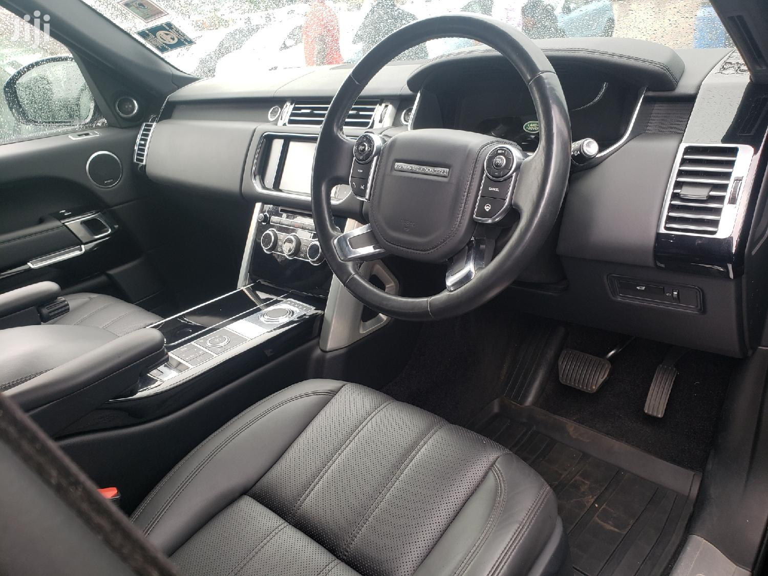 Land Rover Range Rover Vogue 2016 Black