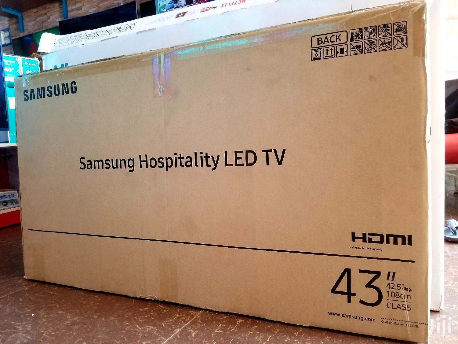 New Samsung Smart UHD 4k TV 43 Inches