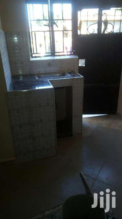 Nice Looking Single Room For Rent In Mbuya Nakawa Road | Houses & Apartments For Rent for sale in Kampala, Central Region, Uganda