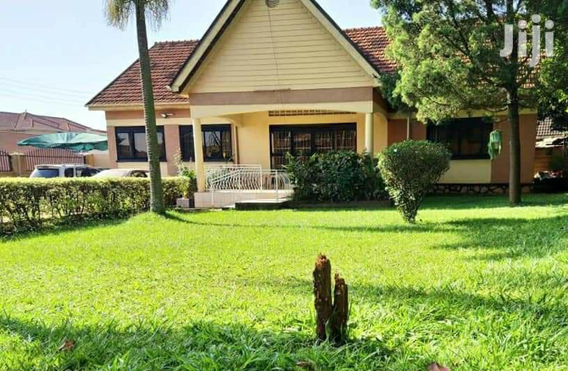 Four Bedroom House In Ntinda For Sale