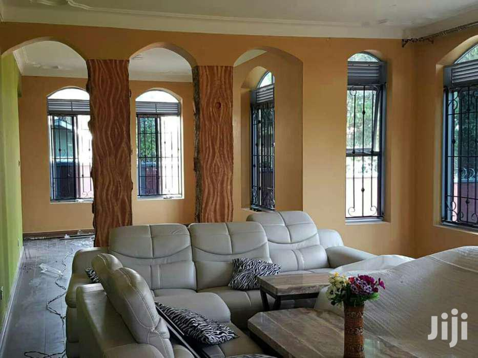 6 Bedrooms House For Sale In Entebe Town | Houses & Apartments For Sale for sale in Kampala, Central Region, Uganda