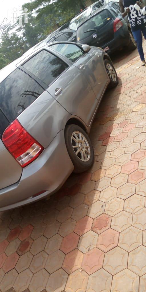 Toyota Wish 2006 Gray